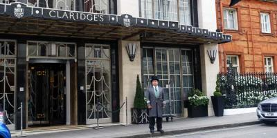 Cheeky overnight: we check into Claridges