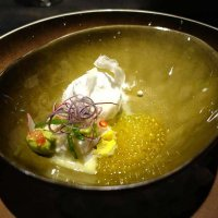 More foodies wonder at Alinea