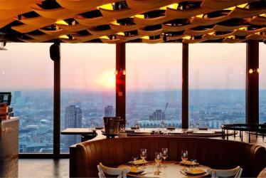 Duck & Waffle is back open for 24-hour bookings