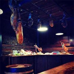 Bar Tozino Spanish bodega opens at Maltby Street Market