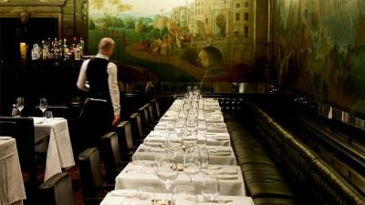 Tate Gallery under pressure to close Rex Whistler restaurant due to racist imagery in its mural