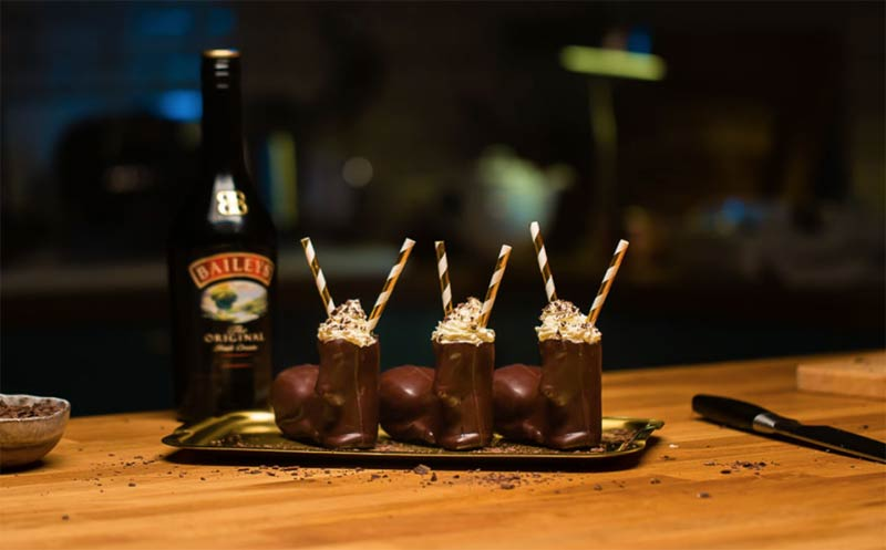 Covent Garden's Baileys pop-up has edible glitter, chocolate reindeer and custom drinks
