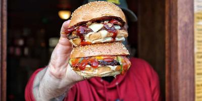 Filthy Buns is back at The Three Compasses with a new hatch, delivery and burgers