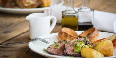 Get 50% off a Sunday roast at Smiths Bar and Grill in Paddington