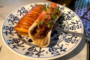 Test Driving Wun's - a 60s-style Hong Kong late night spot you won't want to leave